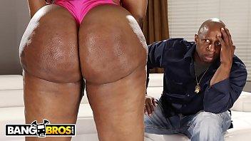 BANGBROS - Victoria Cakes Got Dat Giant Ebony Booty That Make You Go Crazy