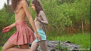 Beauty-Angels.com - Alice Kingsly & Flicka Luchik - Hot chicks lick clits in field