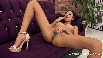 Babe sexy wet Sexy asian strips and plays with pussy pump