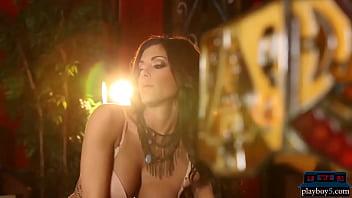 Super hot MILF model Meghan Nicole full striptease