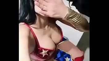 sex party xnx Disfrazada de Mujer maravilla