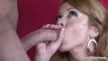 Really hot mom fuck and cum in mouth's Thumb