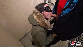 Girlfriend Deepthroat Big Cock in Porch after a Walk - Cum in Mouth