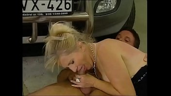 Grannie loves suckimg young cocks - Mature women hunting for young cocks vol. 11