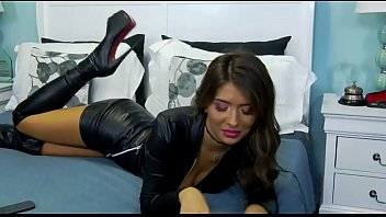 Hot Webcam Milf In Leather Outfit - More At