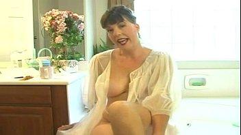 Mommy Afton - Mommy's Bathroom thumbnail