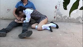 Estudiante chupando la pija de su compañero de la escuela 13分钟