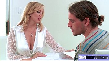 (Julia Ann) Gorgeous Milf With Big Juggs In Hardcore Sex Tape clip-24 7分钟