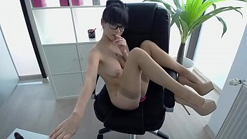 Cute Teen masturbating on webcam,Give a try free registration - CheryCams.com