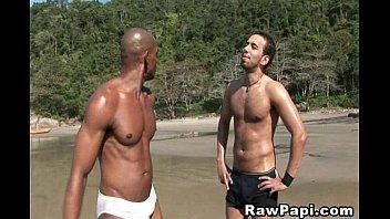 Bareback sacramento gay Bareback latin gay
