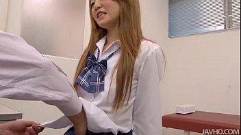 นักเรียนผมทองญี่ปุ่นคาชุดเล่นเสียวในห้องเรียนสุดเงี่ยนเลยขอบอก