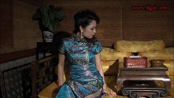 หนังอาร์จีนออนไลน์ นางสนมโป๊จีนรุ่นใหญ่ XNXX 18+ แคสติ่งฉากยั่วควยตอนถูกฮ่องเต้จับมัดเชือกเย็ดคาชุดกี่เพ้า ตั้งใจว่าวันตรุษจีนจะฉลองเย็ดนางสนมยันเช้า