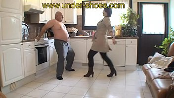 Miss Charlie extreme ballbusting and CBT http://clips4sale.com/store/424