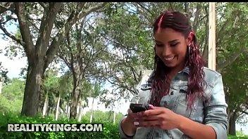 (Valeria, Austin Cole) - Cock Rocked - Reality Kings
