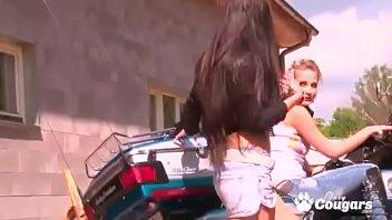 Two Gorgeous Babes Possing Naked On Bike Vorschaubild