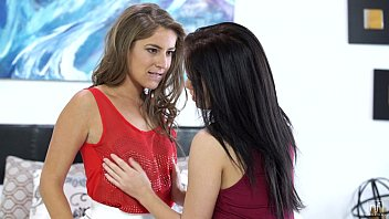 Teen cutie seduced by Presley Hart