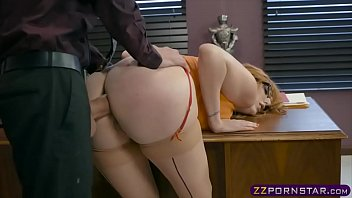 Busty office chick working on her promotion by offering anal