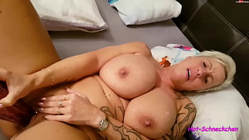 German mature woman masturbating - Mature milf playing with her pussy