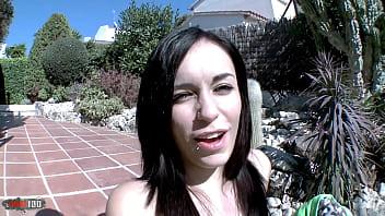 Spanish pierced brunette loves cocks porno izle