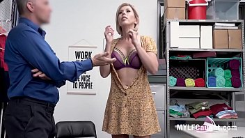 Cop Caught The Richest MILF Stealing- Amber Chase