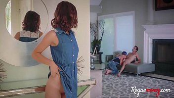 Artist MOM teaches DAUGHTER to blow- Izzy bell &amp_ Silvia Sage