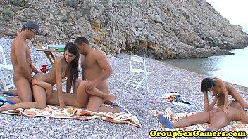 European beach sexgames 10分钟