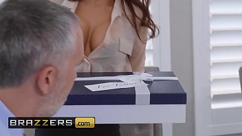 (Madison Ivy, Keiran Lee) - The Assistant's Affair - Brazzers 10分钟