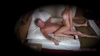Cougar Christie caught on secret cam having an affair 11分钟