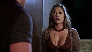 Reena Sky needs body to body contact! - PrettyDirty