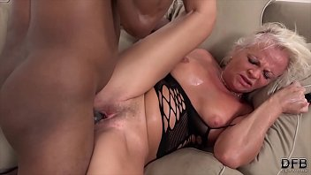 White mature has multiple orgasms during sex with black man صورة