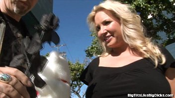 Blonde With Giant Tits Gets Plowed 5 min
