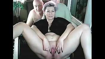 Streaming Video In bed, the wife must be a whore !!! - XLXX.video
