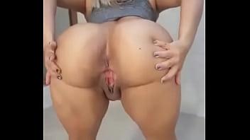 blonde dancing naked