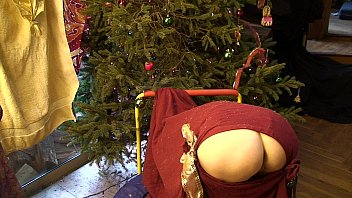 Christmas ornament tree vintage - Christmas pawg surprise - erin electra