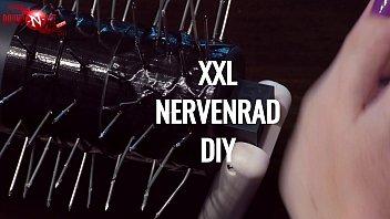BDSM-DIY: Make your own XXL nail roll