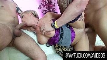 3 Way Fuck - Cougar Kayla Synz Is a Dirty Cock Wrangler 8 min