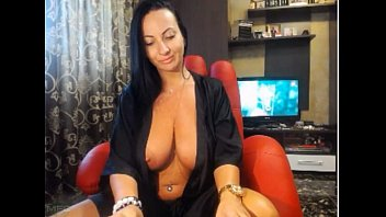Soccermoms fucking - Sofuckingsexy black gown bigtit webcam milf