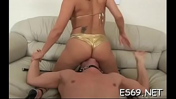 Free agastia femdom facesitting clips - Is it possible to hold your breath for a very lengthy time