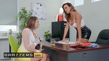 Moms in control - (Aubrey Black, Gia Derza, Ricky Spanish) - A Good Mentor - Brazzers