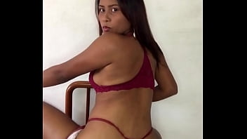 I Got So Horny Dancing That I Ended Up Squirting On My Phone - Tanisha Dion