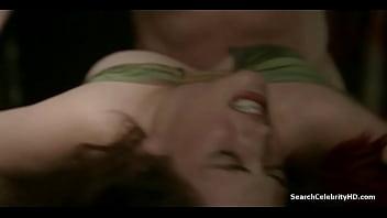 Eva Green Camelot S01E01 2011 51秒