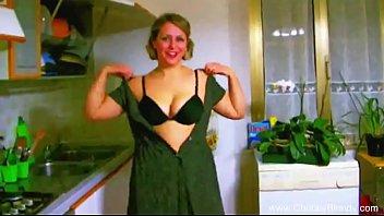 Retro Italian Housewife Kitchen Blowjob Porno indir