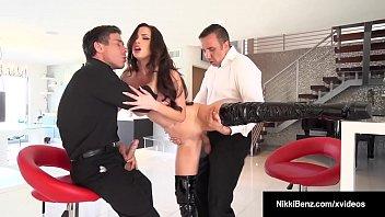 Blonde Babe Nikki Benz Takes Turns Sucking & Fucking 2 Cocks 8 min