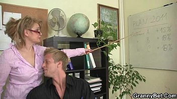 Lady fucks boy Office lady gives head and gets fucked