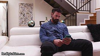 RealityJunkies Pervert Stepdad Watches Teen Daughter's Cam Shows! 7 min