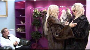 British couple fuck sales clerk 17 min