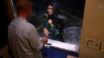 Arabs Exposed    Desperate Arab Woman Fucks Fo  Woman Fucks For Money At Shady Motel