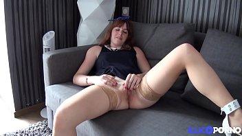 Lolita Primeste Muie La Baie Si Sex Cu Doi Baieti Excitati