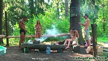 Bikini teen fucked in the forest 7分钟