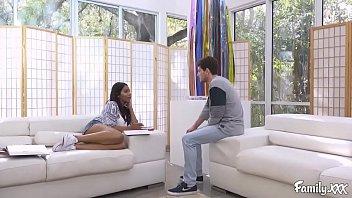 Jenna Foxx Teaches Her Stepbrother How To Make Her Orgasm Vorschaubild
